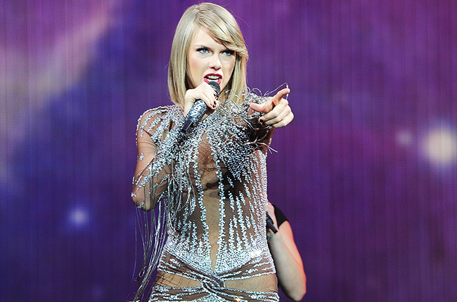 Taylor Swift S 1989 Tour Has Earned 17 Million And Counting Billboard