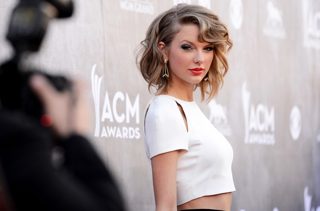 Taylor Swift attends the 49th Annual Academy Of Country Music Awards at the MGM Grand Garden Arena on April 6, 2014 in Las Vegas.