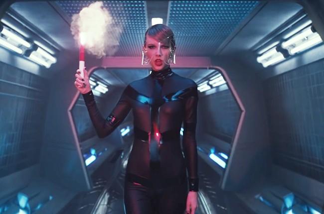 Taylor Swift Shares Ellie Goulding Bad Blood Behind The Scenes Video Billboard