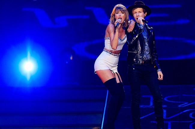 Taylor Swift Beck 2015