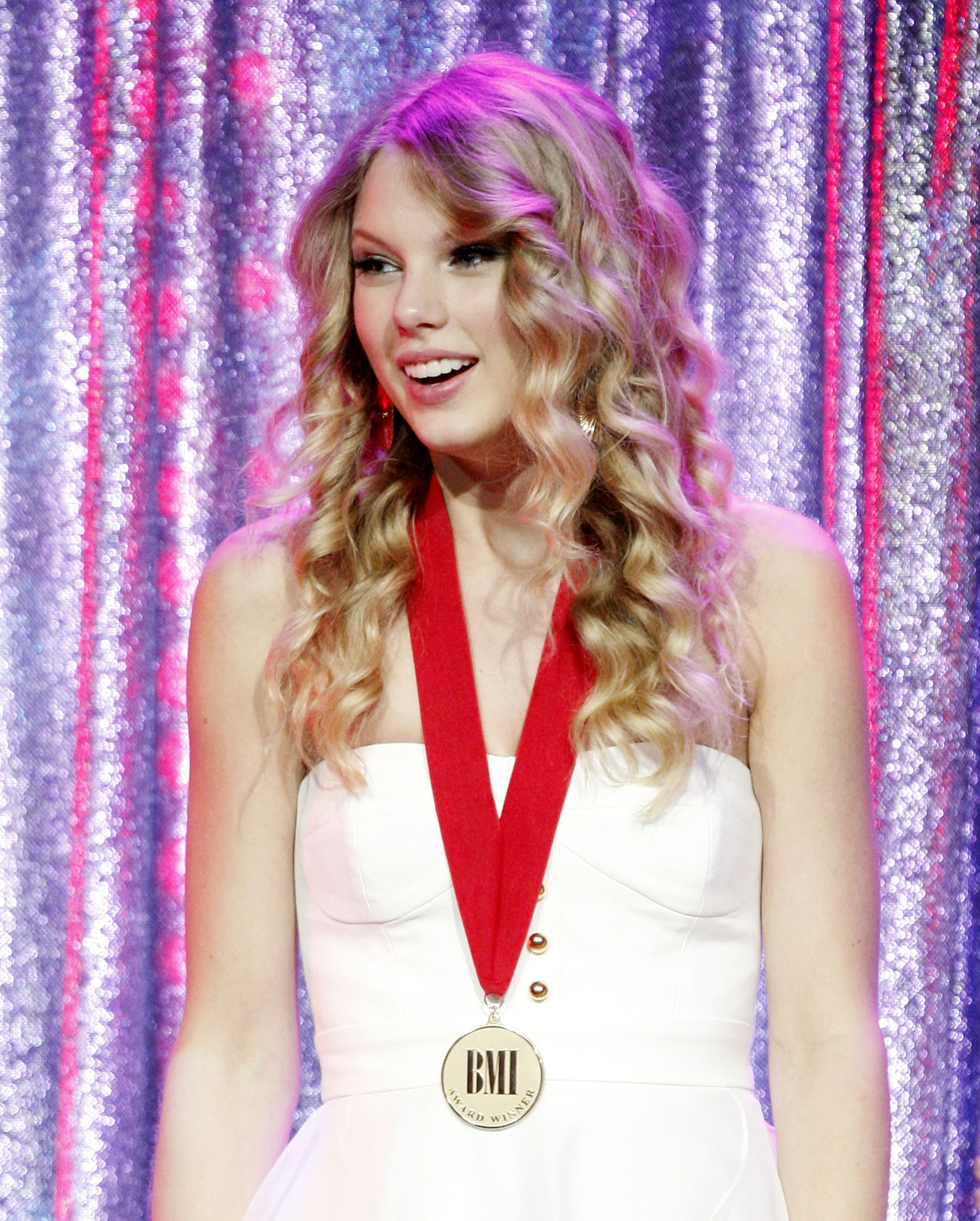 Taylor Swift S Career Timeline From Tim Mcgraw To 1989 Billboard