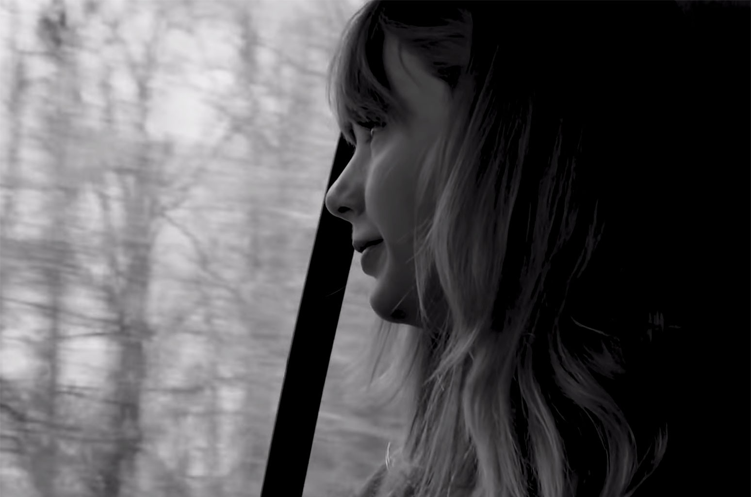 "Taylor Swift, ""Christmas Tree Farm"""