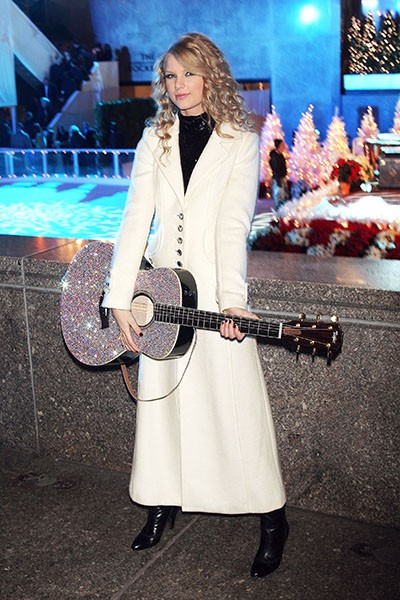 Taylor Swift at the Christmas Tree Lighting, 2007.