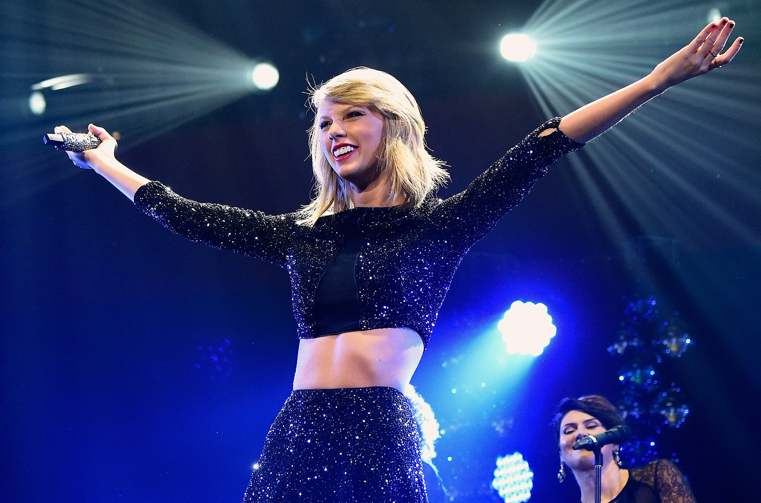 Taylor Swift Announces First Round Of Reputation Stadium Tour Dates Billboard