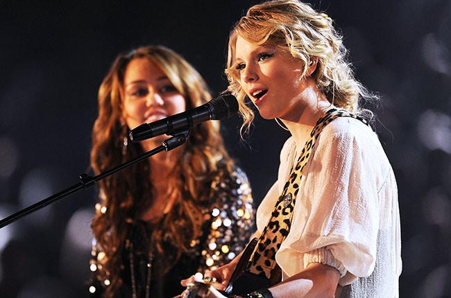 Taylor Swift and Miley Cyrus at the Grammys, 2009.