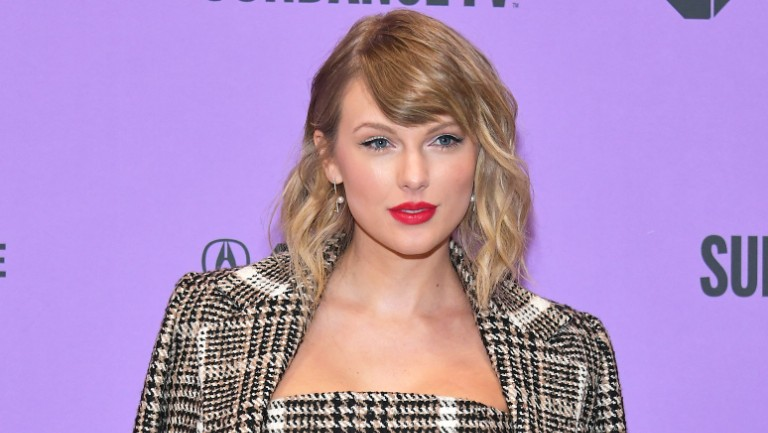 Taylor Swift Says This Is What That Leaked Kanye West Phone Call ...