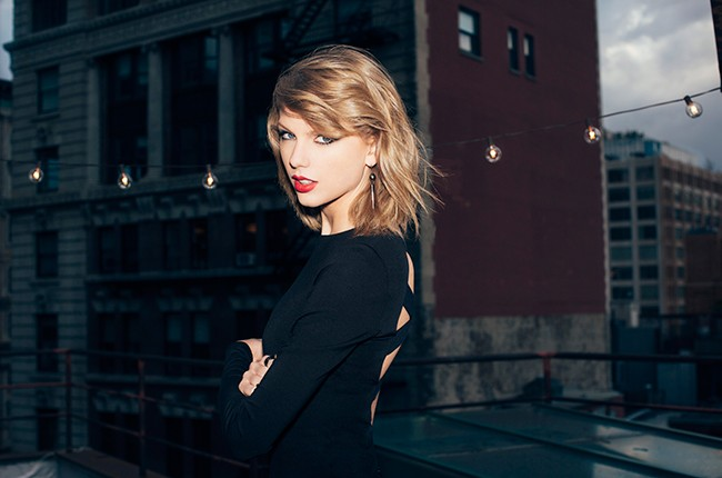 Taylor Swift S New Romantics Set As Next 1989 Single Billboard