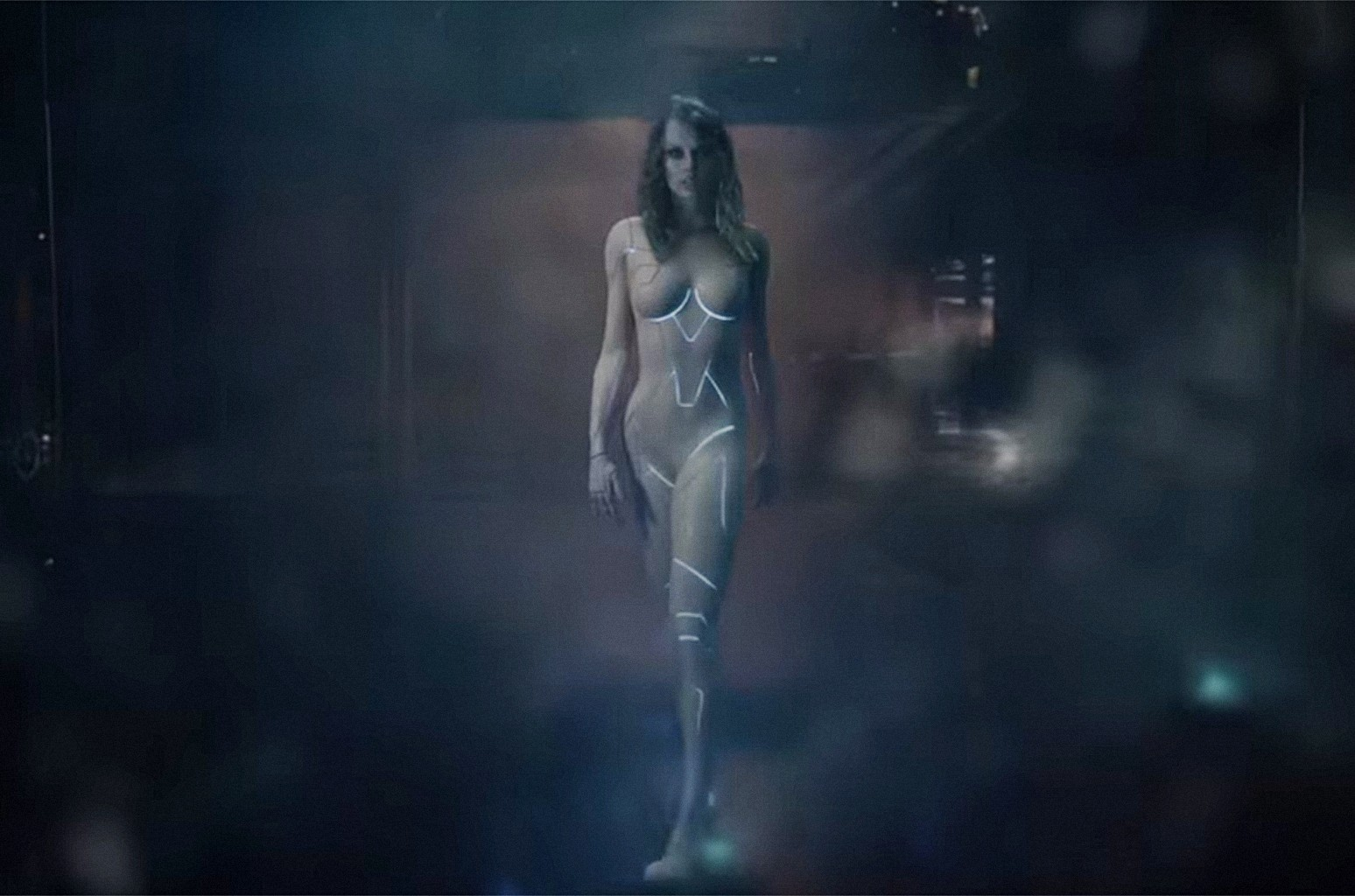 Taylor Swift Proves She Wasn T Naked In Her Ready For It Video Billboard