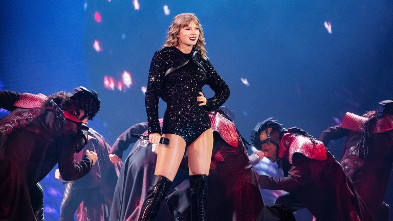 All The Surprise Songs Taylor Swift Has Performed On Her Reputation Stadium Tour B Stage So Far Billboard