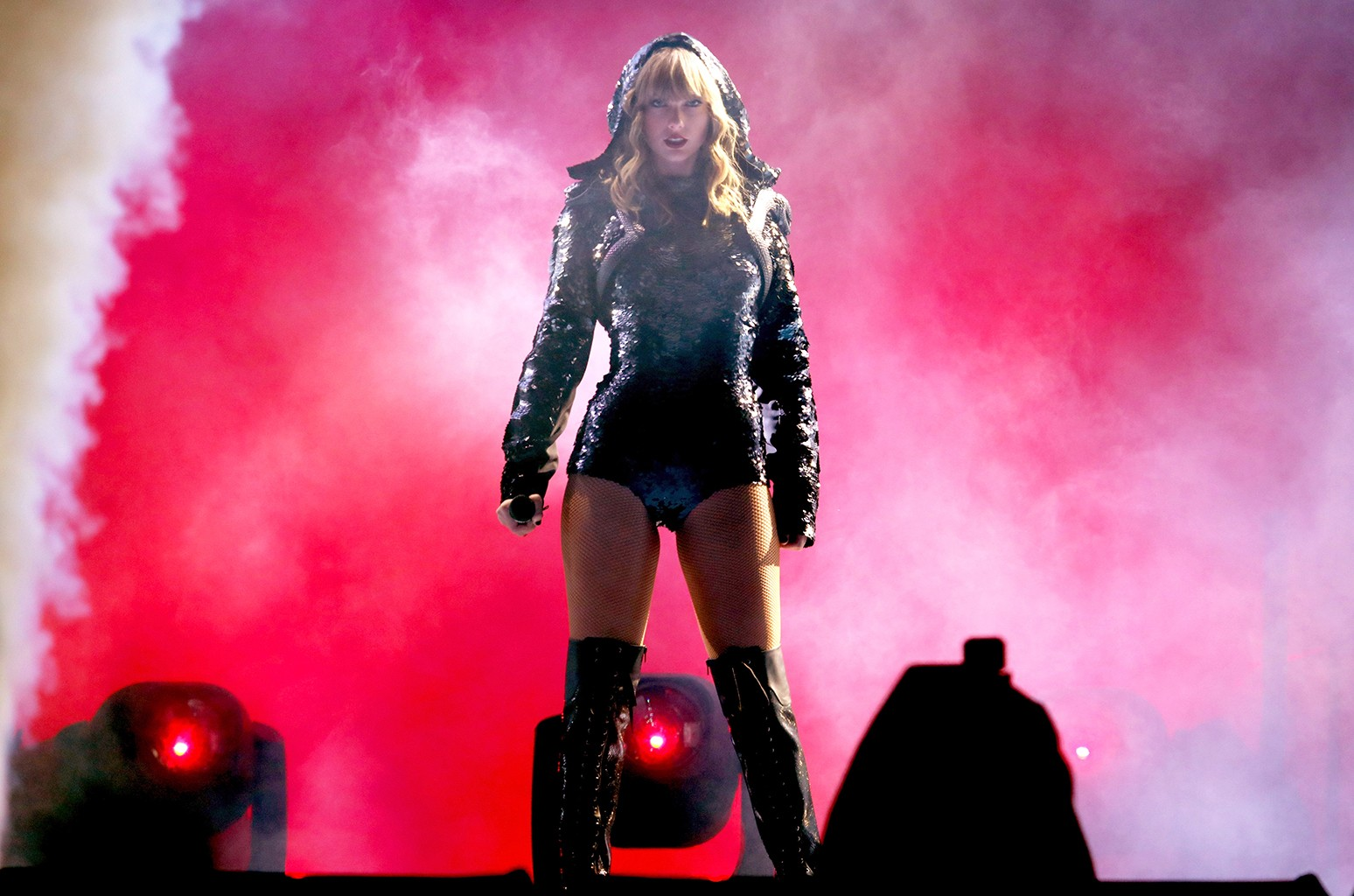 Taylor Swift S Record Setting Reputation Tour Earns 54 Million In First Five Cities Billboard