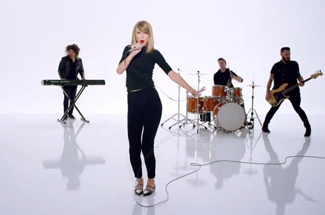 "Taylor Swift in ""Shake It Off"" video"
