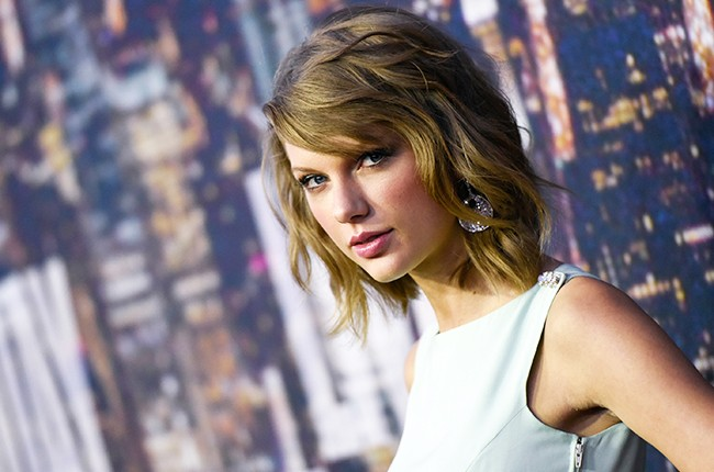 Taylor Swift attends the SNL 40th Anniversary