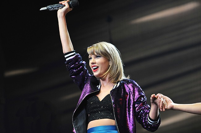 Taylor Swift S 1989 One Year Anniversary What Should Be Next Single From Blockbuster Album Billboard
