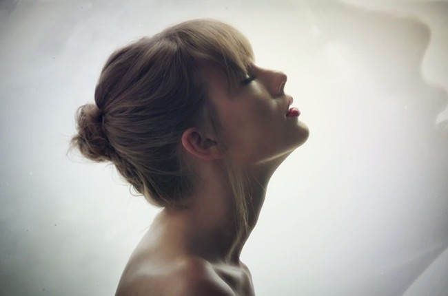 taylor-swift-style-video-2015-650-b