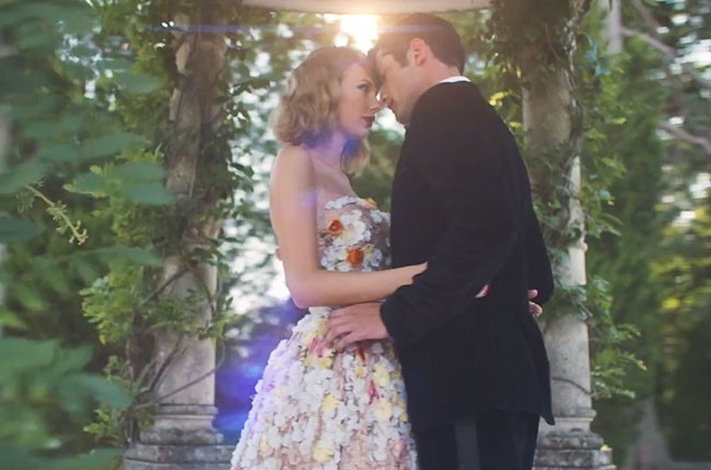 The Evolution Of Taylor Swift S Music Video Boyfriends From Country To Country Club Billboard