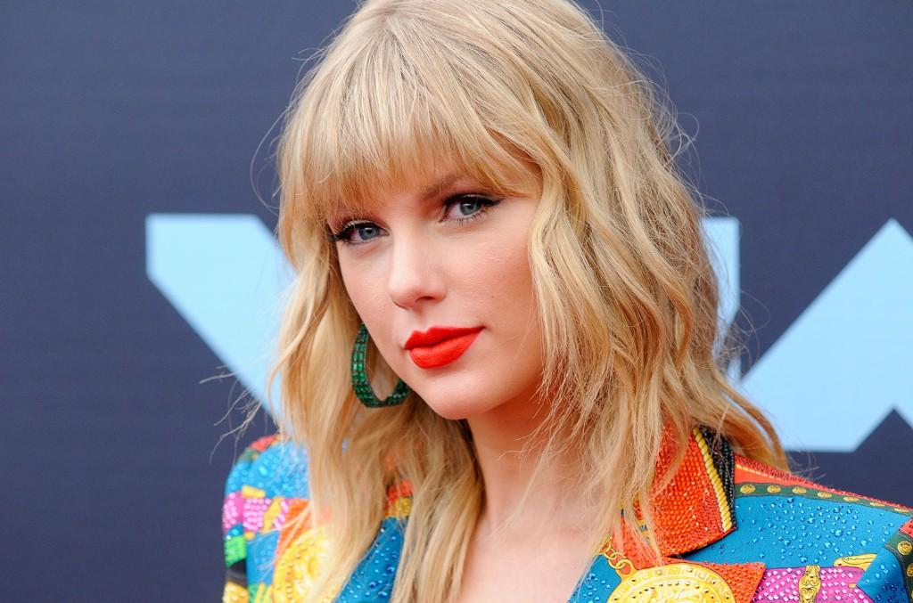 A Timeline Of Taylor Swift S Political Evolution Billboard