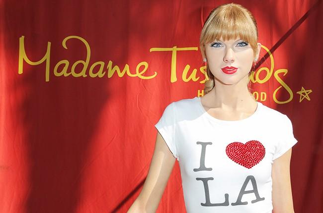New Taylor Swift Wax Figure at Madame Tussauds LA