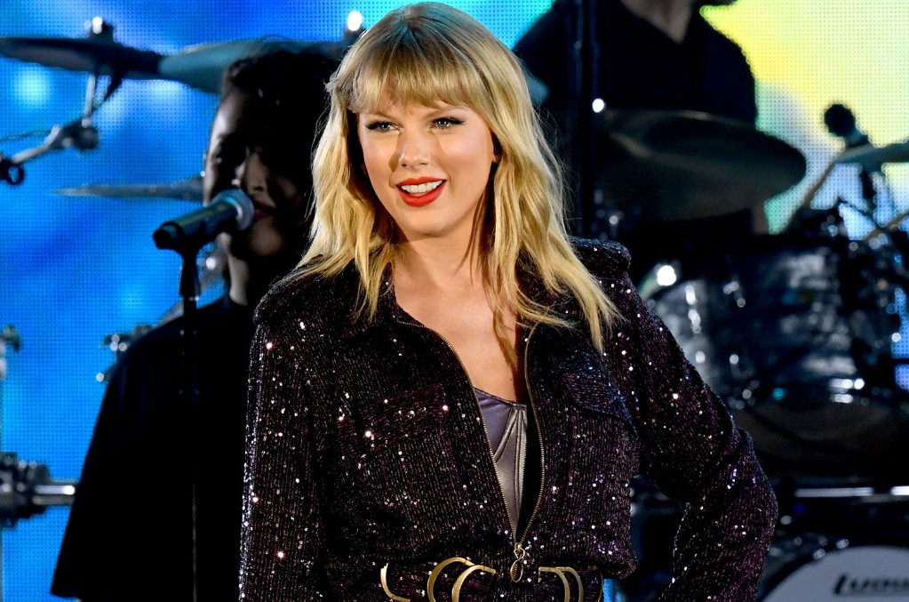 Taylor Swift Celebrates 13 Years Of Debut Album Your Support Is What S Helped Me Stay True To That Kid I Was Billboard