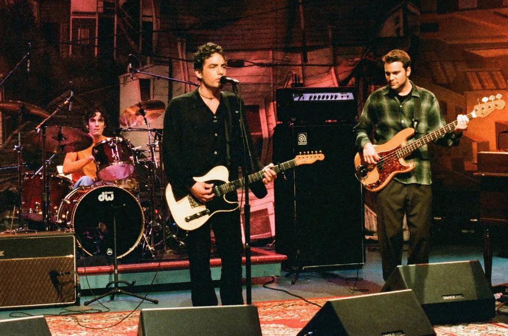 The Wallflowers, 1996