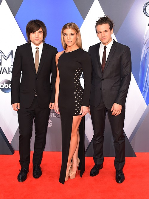 The Band Perry  CMA 2015