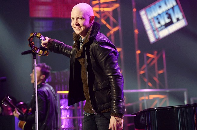 the-fray-3-new-years-eve-2014-dick-clark-650-430
