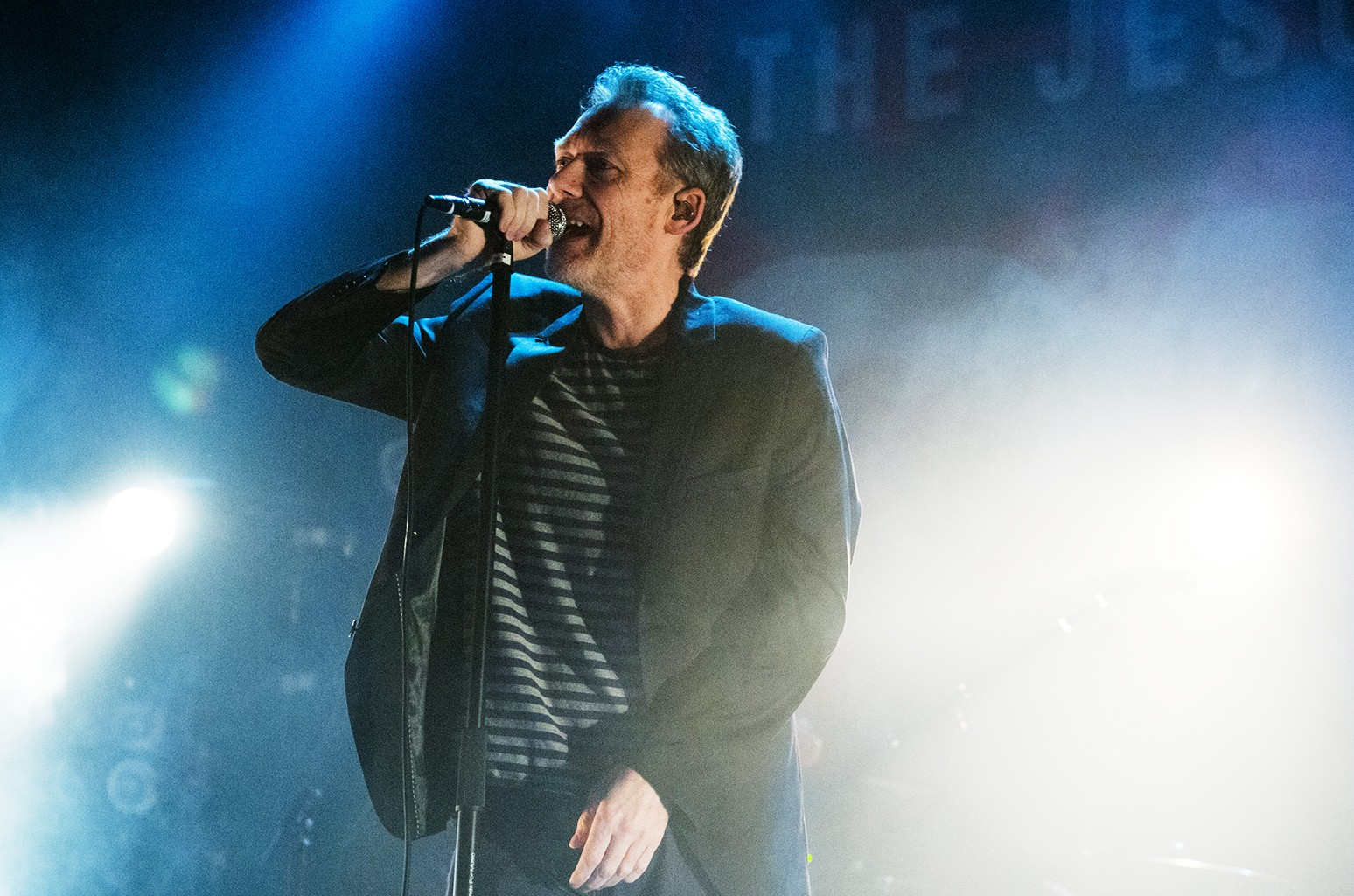 The Jesus And Mary Chain perform in 2016