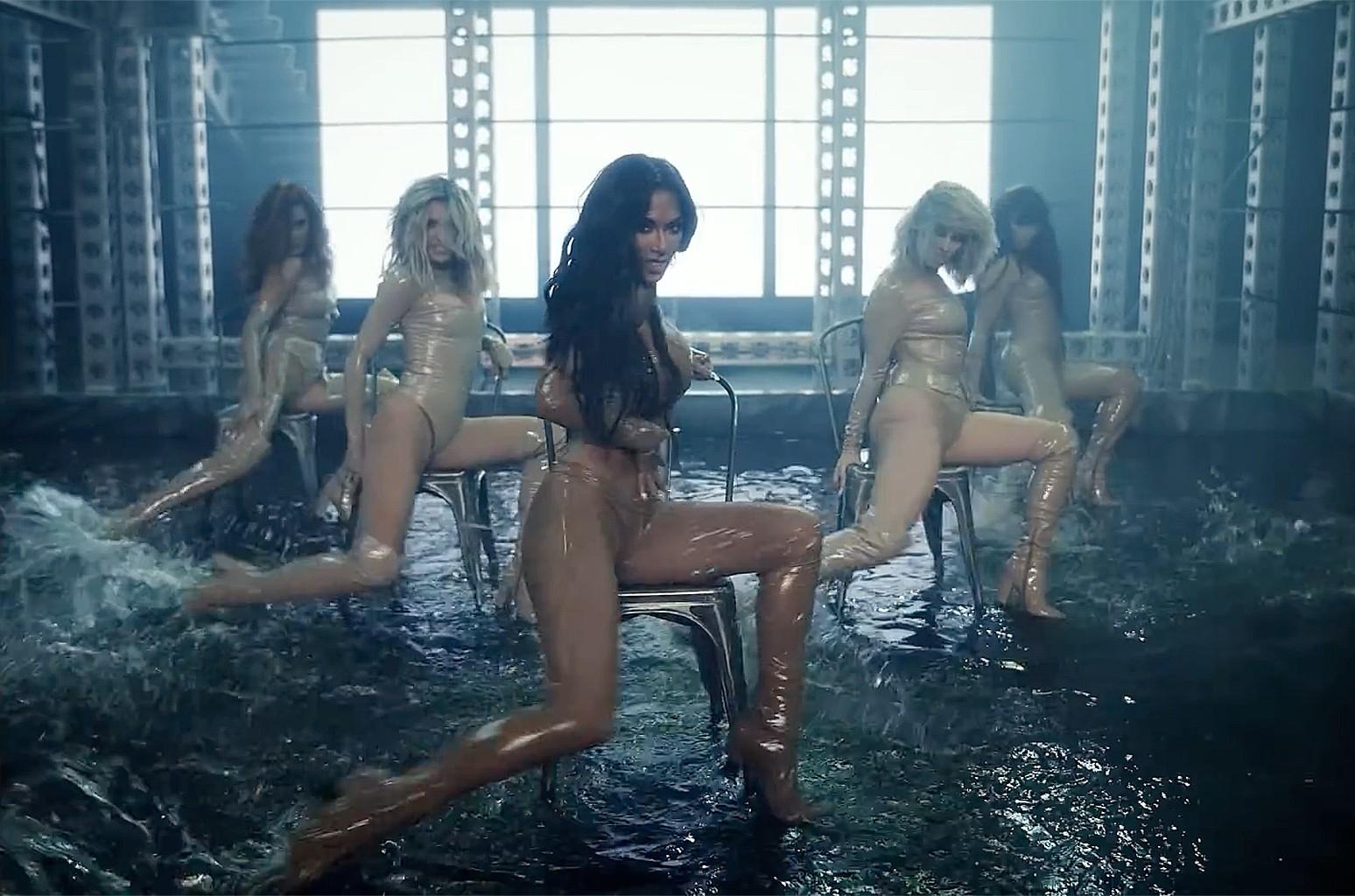 "The Pussycat Dolls, ""React"""