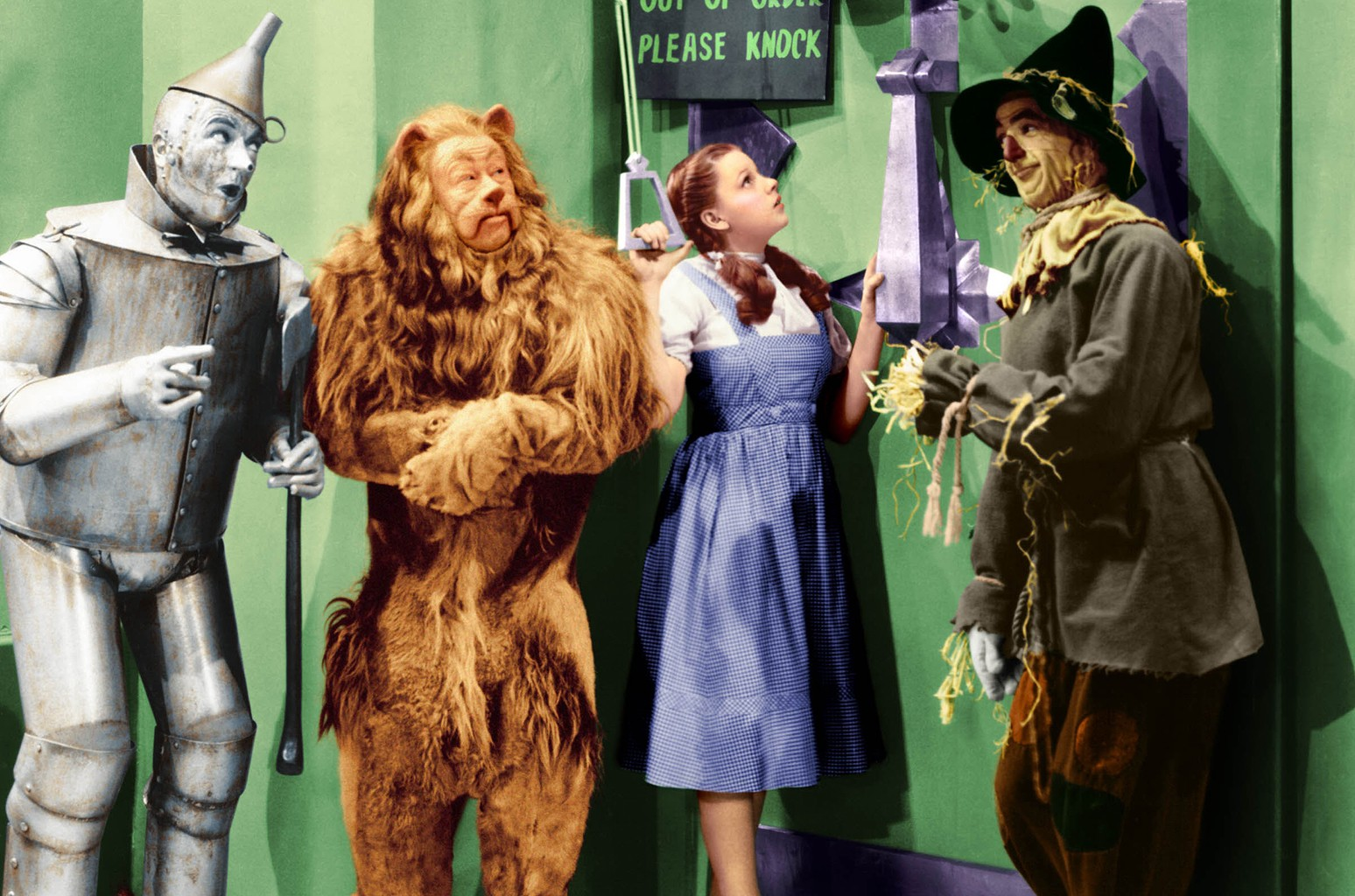 Jack Haley, Bert Lahr, Judy Garland and Ray Bolger in The Wizard of Oz.