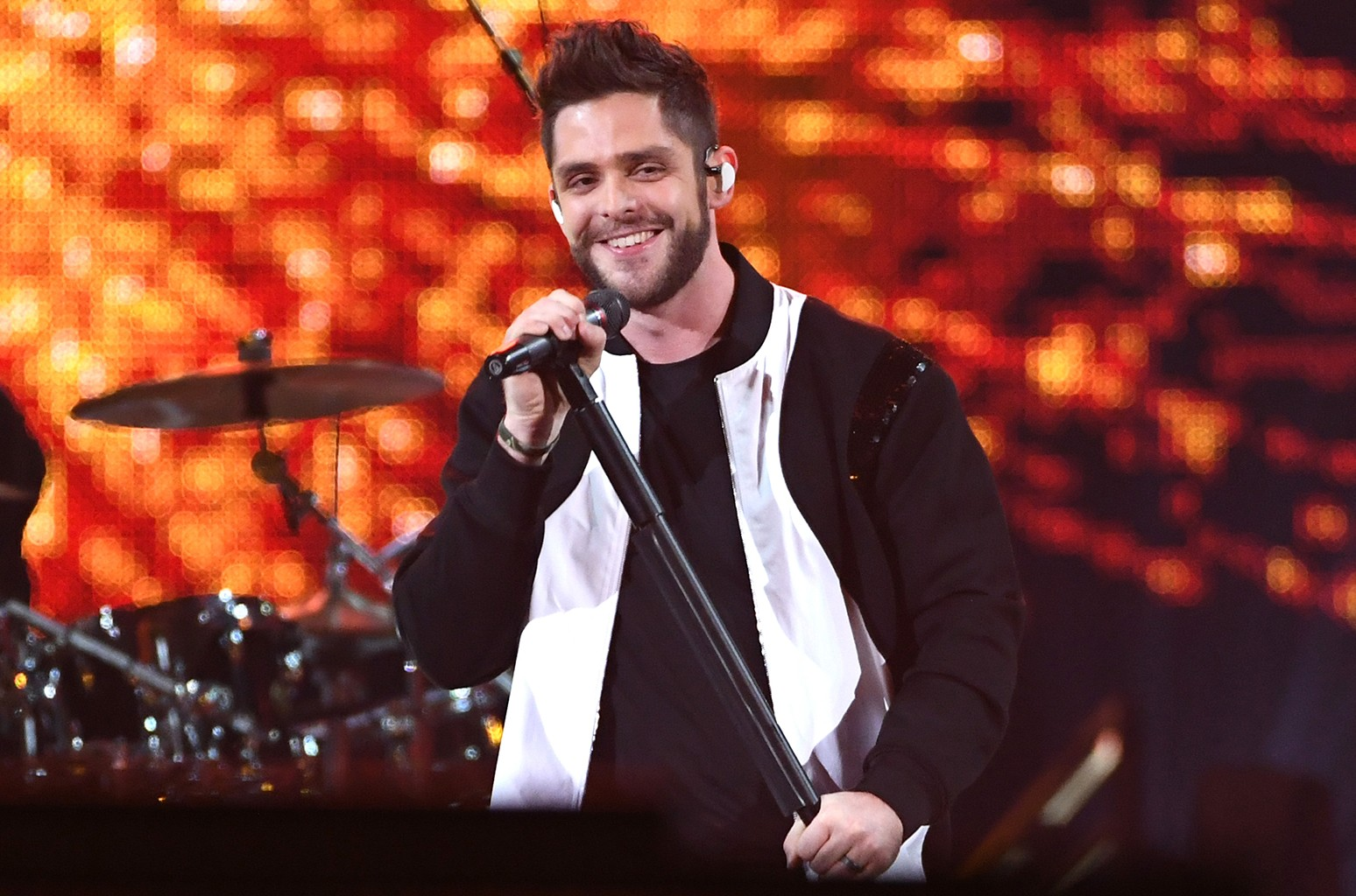 Thomas Rhett performs onstage at the 2017 iHeartRadio Music Awards which broadcast live on Turner's TBS, TNT, and truTV at The Forum on March 5, 2017 in Inglewood, Calif.
