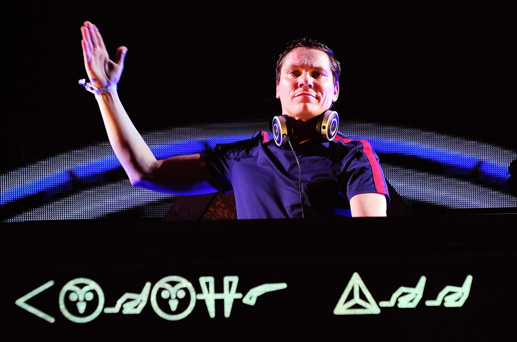 Tiesto performs during the 20th annual Electric Daisy Carnival at Las Vegas Motor Speedway on June 19, 2016 in Las Vegas, Nevada.  (Photo by Steven Lawton/Getty Images)