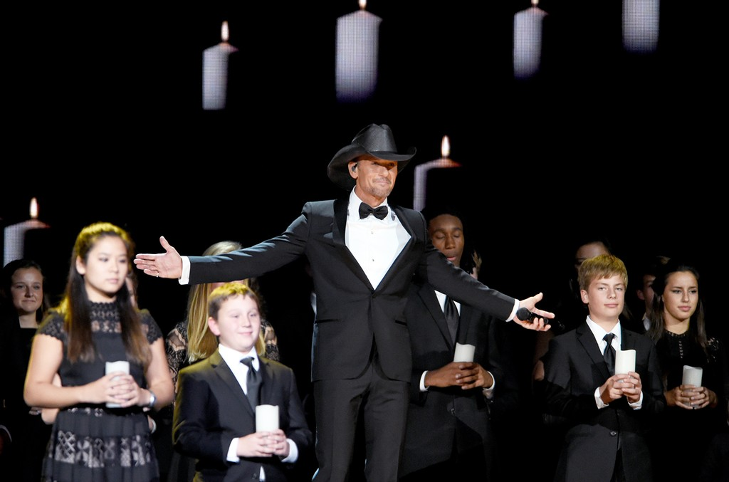 Tim McGraw performs onstage at the 50th annual CMA Awards