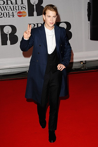 tom-odell-brit-awards-red-carpet-2014-600
