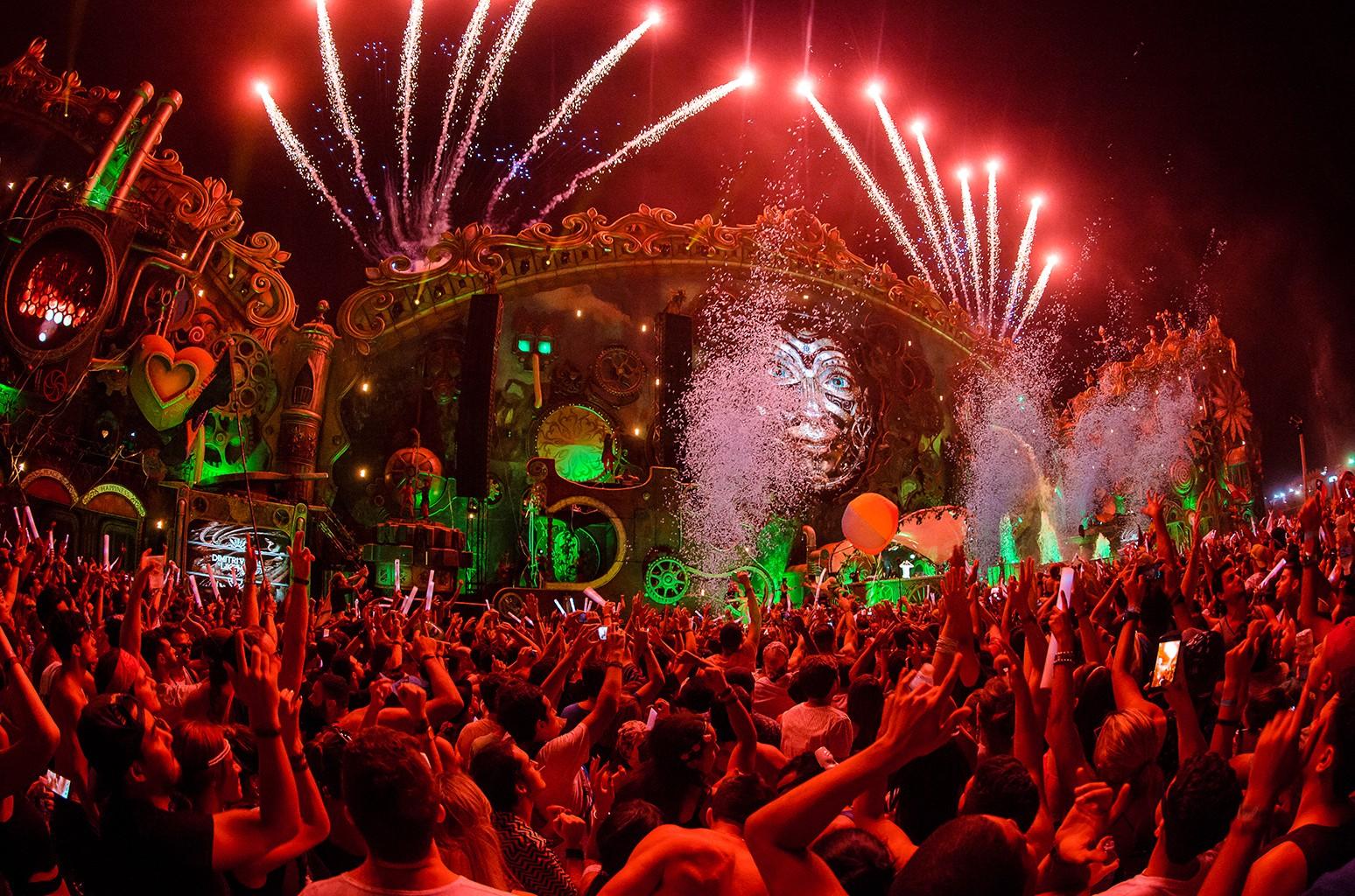 Tomorrowland, 2016