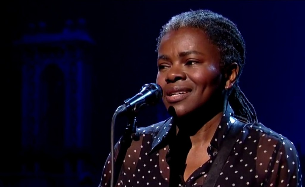 """Tracy Chapman performs on """"Letterman"""""""