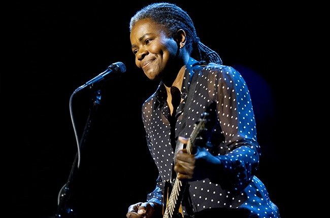 "Tracy Chapman performs ""Stand By Me"" on the Late Show with David Letterman"