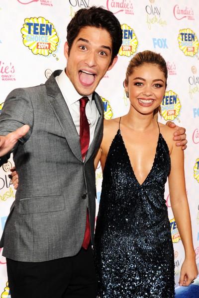 2014 Teen Choice Award hosts Tyler Posey and Sarah Hyland