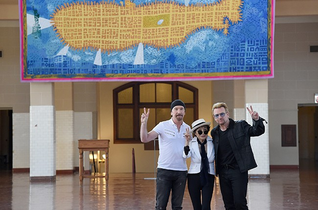 The Edge, Yoko Ono and Bono