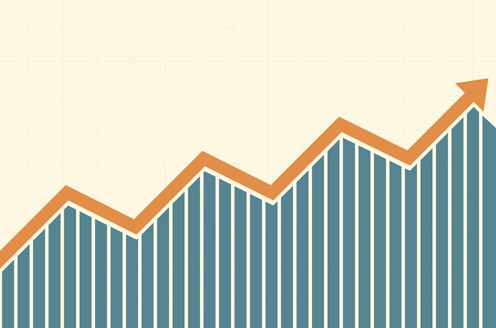 upward-arrow-growth-a-billboard-1548