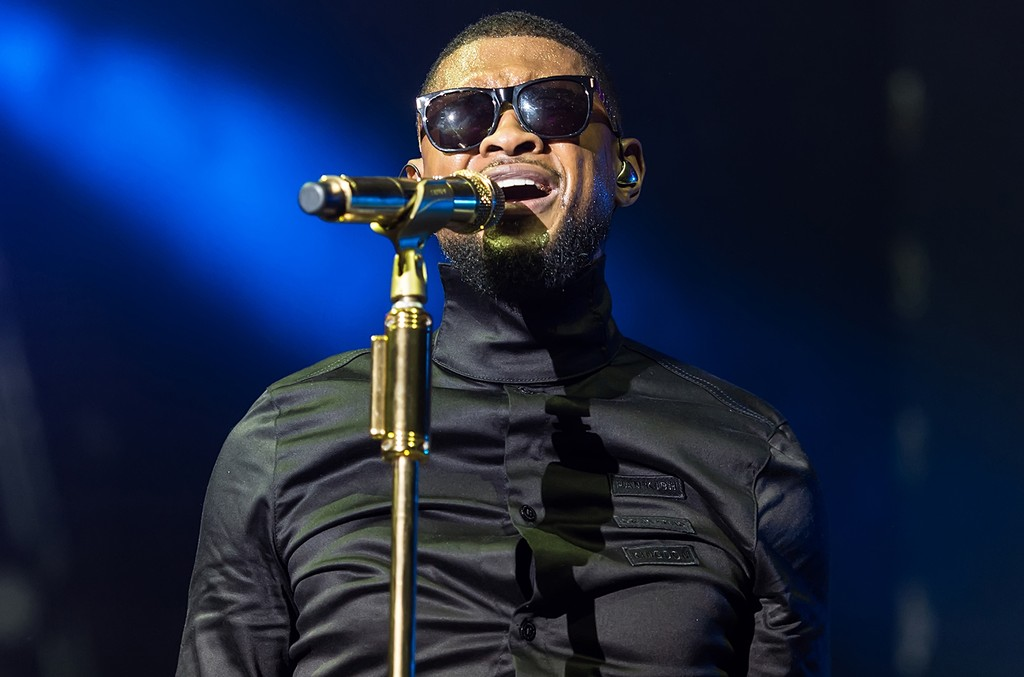 Usher performs in 2016