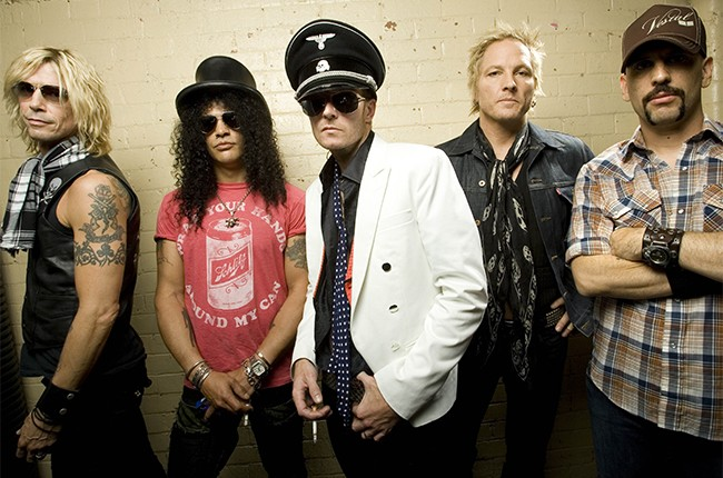 Duff McKagan, Slash, Scott Weiland, Matt Sorum and Dave Kushner of Velvet Revolver