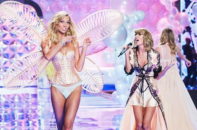 victorias-secret-fashion-show-2014-karlie-kloss-taylor-swift-billboard-650