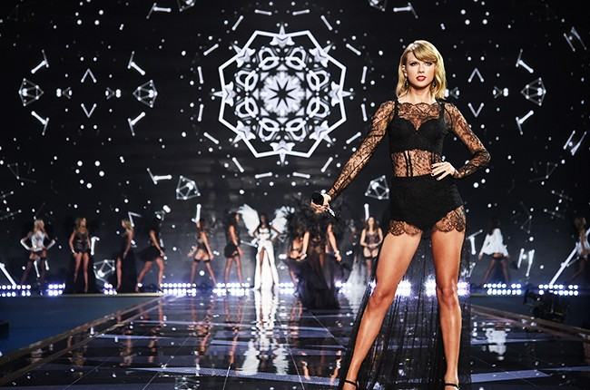 victorias-secret-fashion-show-2014-taylor-swift-billboard-650