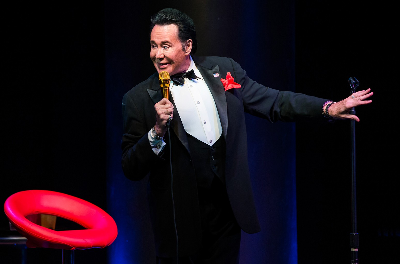 Wayne Newton performs at Bally's Las Vegas