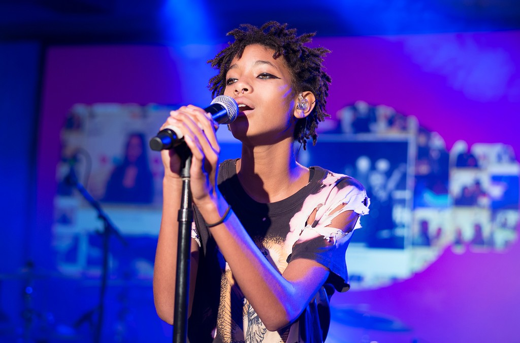 Willow Smith performs in 2015