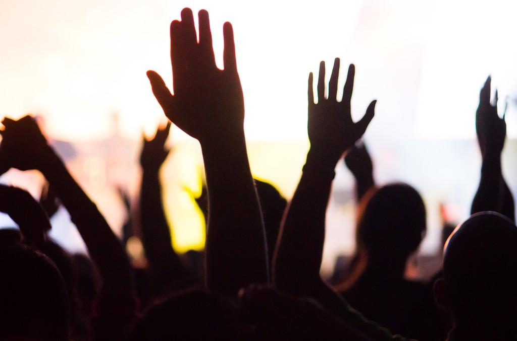 worship-hands-billboard-1548