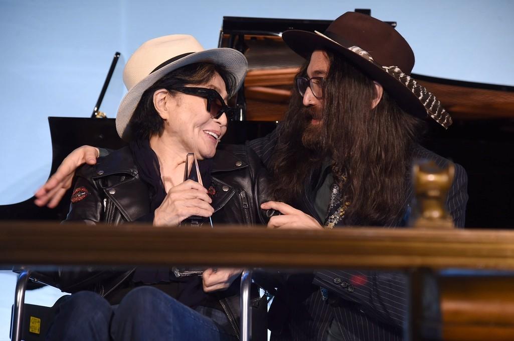 Yoko Ono and Sean Lennon with the Centennial Song Award