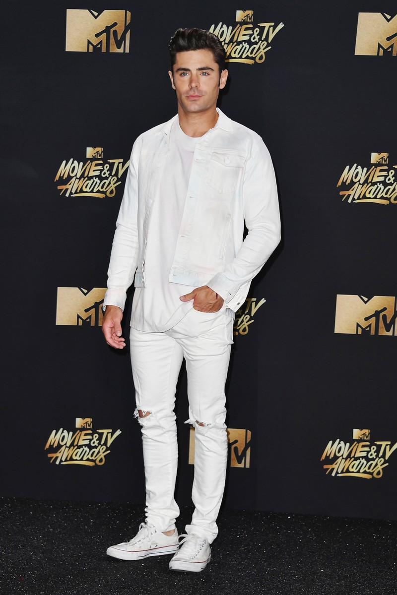 Zac Efron attends the 2017 MTV Movie and TV Awards at The Shrine Auditorium on May 7, 2017 in Los Angeles.