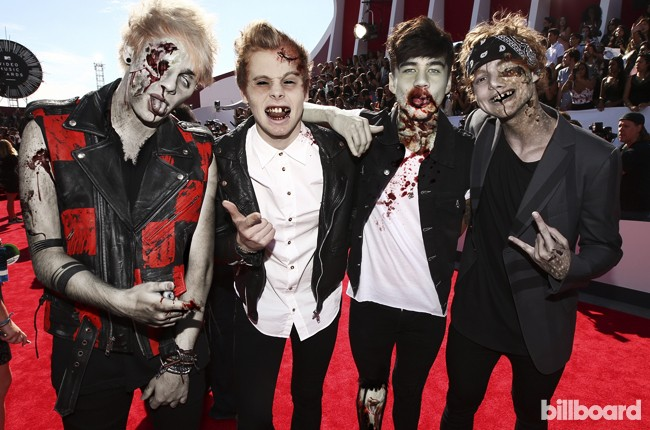 Zombies -- 5 Seconds of Summer