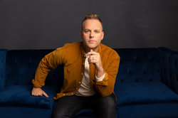 Matthew West's 'The God Who Stays' Hits No. 1 on Christian Airplay Chart