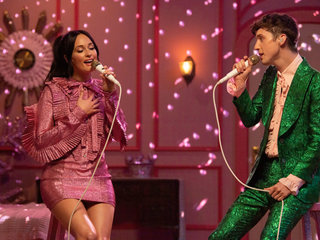 "Musgraves and Troye Sivan performing ""Glittery"" on The Kacey Musgraves Christmas Show."